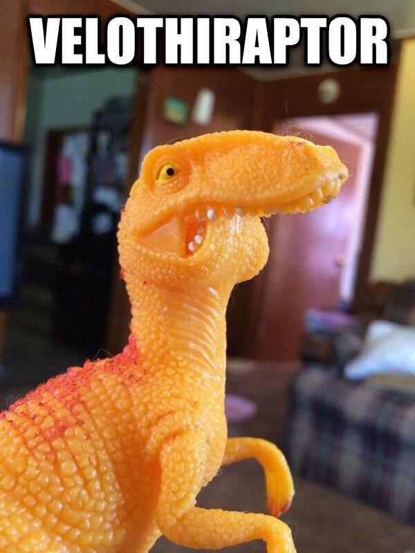 Thyranathaurus Rexth s younger sibling