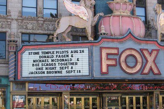Detroit Walking Tour Including Rides